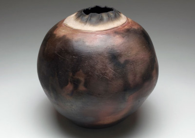 M.C. Richards, Untitled Raku Pot, 1979, stoneware, Black Mountain College Museum + Arts Center Collection. Gift of the Estate of Jonathan Williams.