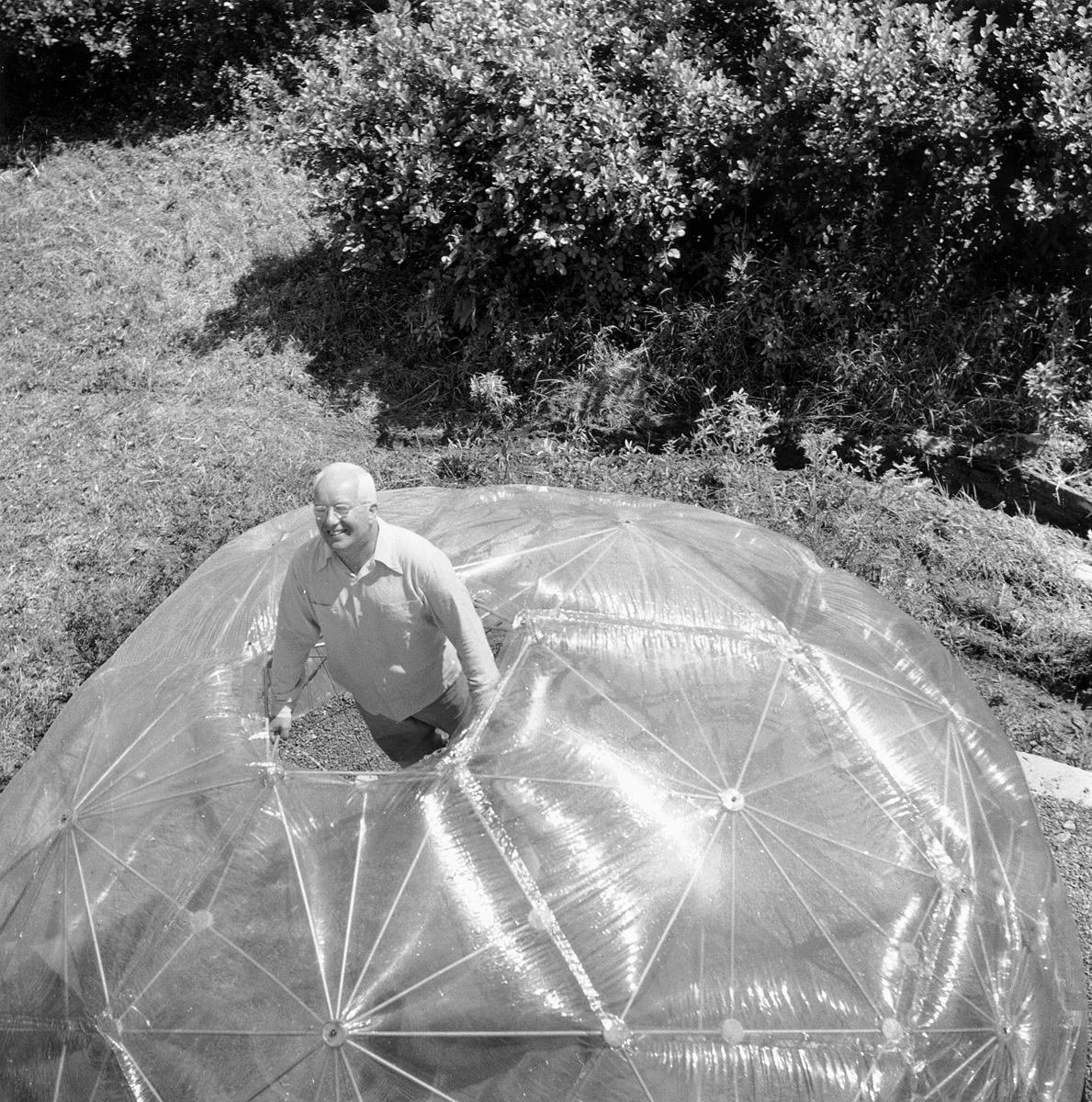 Hazel Larsen Archer, Buckminster Fuller in His Dome, Summer 1949