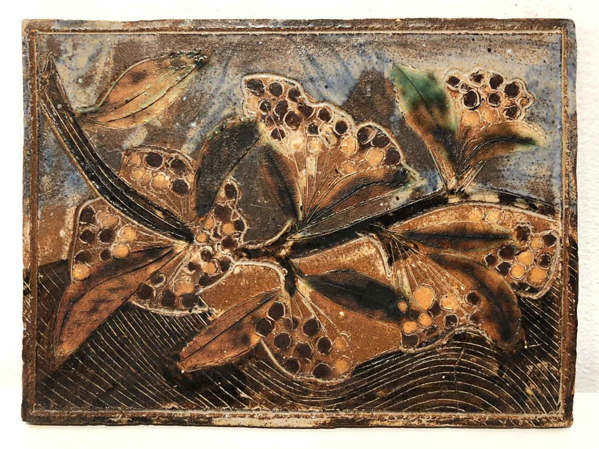 """Marguerite Wildenhain, """"Untitled Tile."""" Glazed stoneware. Collection of Black Mountain College Museum + Arts Center. Private Donor."""